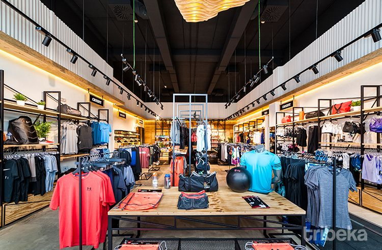 Diseño de nuevo concepto en tienda de deporta 01 I Tribeka Retail