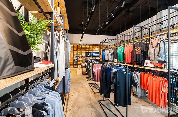 Diseño de nuevo concepto en tienda de deporte 04 I Tribeka Retail